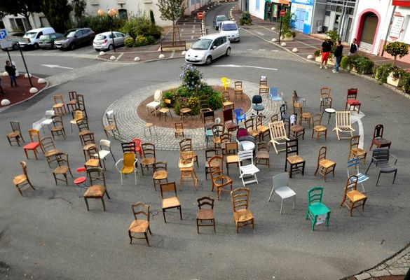 Fête de la chaise - Rond-point