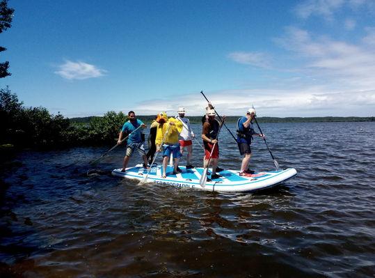 LEON-Canoe-surfing--1-