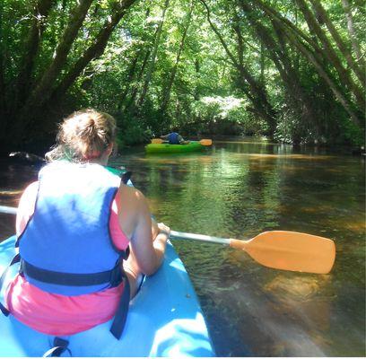 LEON-Canoe-surfing--2-