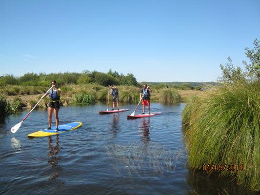 LEON-Canoe-surfing--5-