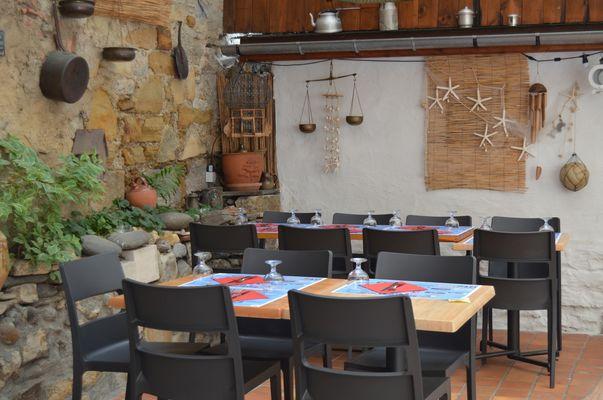 La gogaille - Terrasse 3 (Office de Tourisme du Haut Béarn)