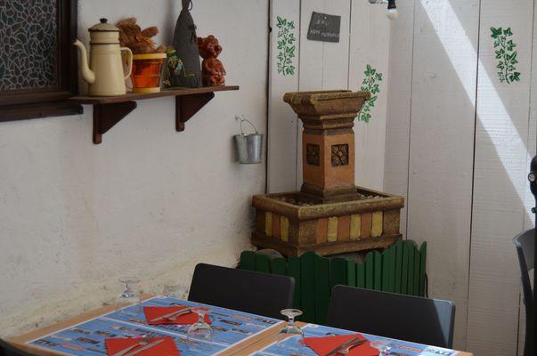 La gogaille - Terrasse 4 (Office de Tourisme du Haut Béarn)