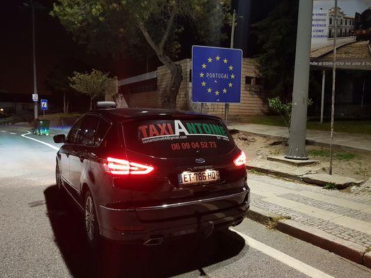Taxi-ANTOINE-Stationnement-au-Portugal-GERONCE