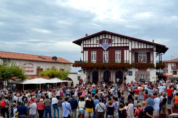 mutxiko-bidart-danse-basque (1)