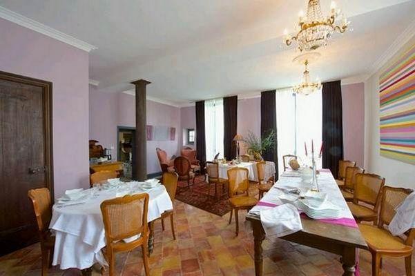 chateau-de-Baylac-salle-a-manger-2-