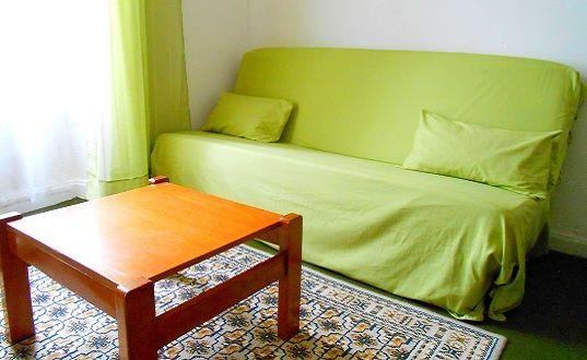 Canapé lit dans une des chambres