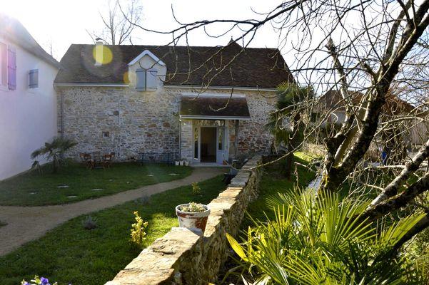 Auberge de la Fontaine 1440x900