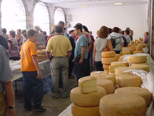 Foire aux fromages OT Laruns