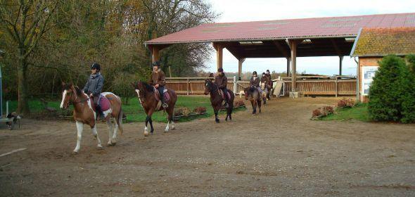Centre-Equestre-de-la-Contance1