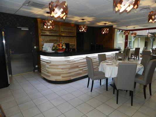 Salle de restaurant - bar