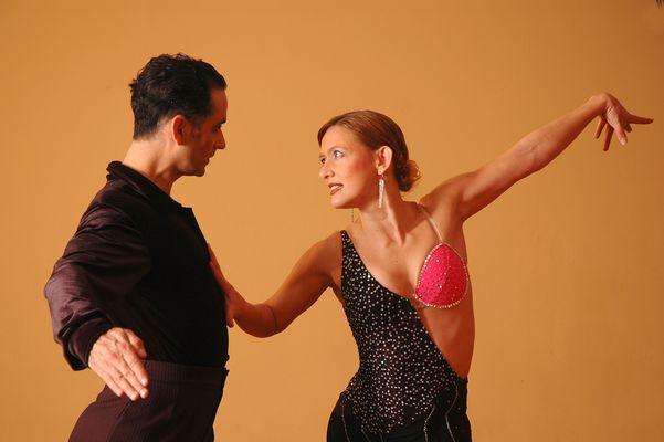 Danse Latine-Pixabay