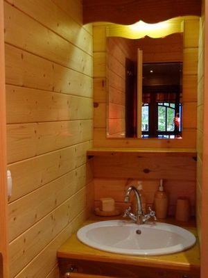 La Roulotte des Elfes - Salle de bain