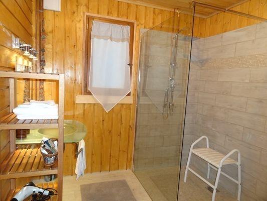 gite-sawan-jalons-salle-de-bains