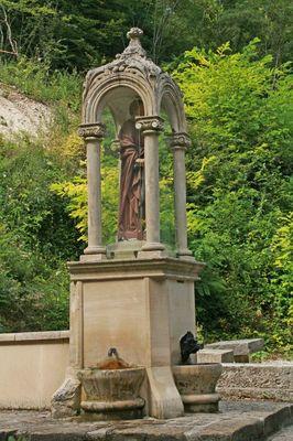 Fontaine Saint Blanchard - Nesle la Reposte