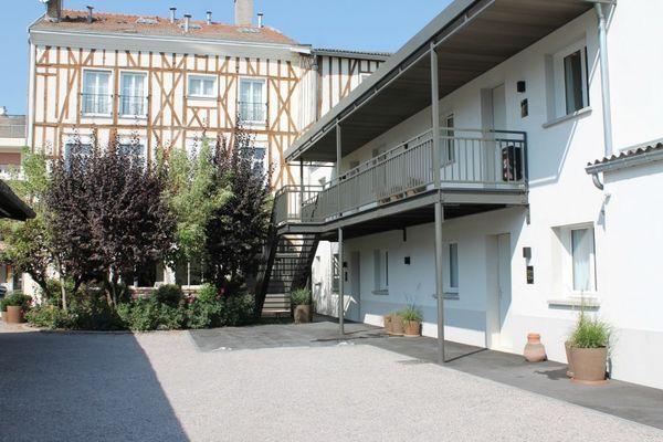Hôtel Pasteur- Châlons-en-Champagne