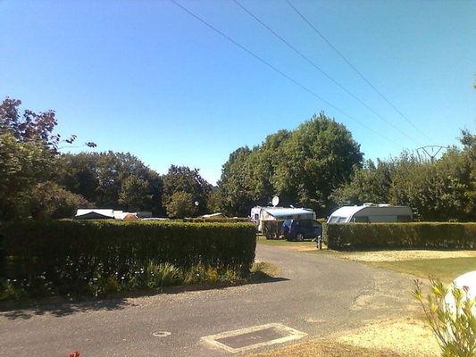 Camping La Croix Badeau - les emplacements