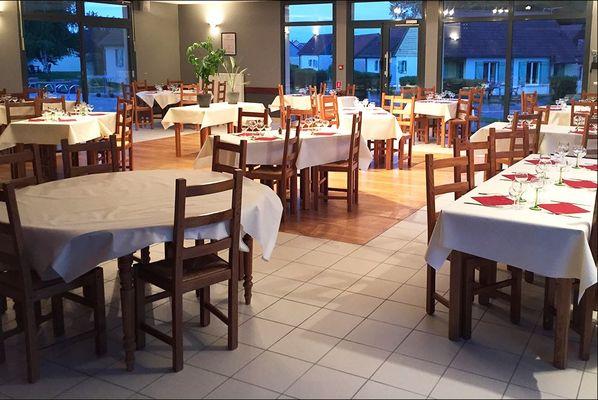 Marina Holyder - Restaurant - Salle 2