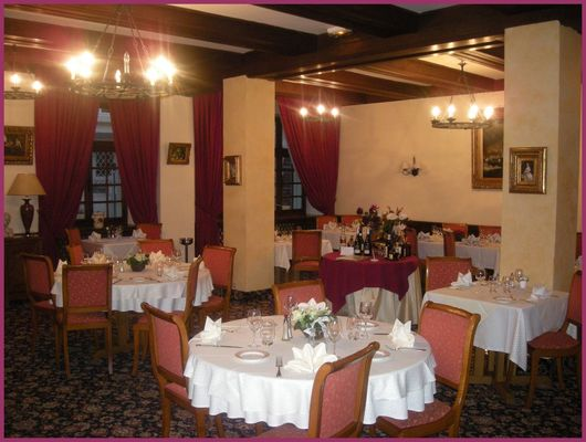 """Hôtel-Restaurant de """"France - Le Cézanne"""" - Sézanne"""