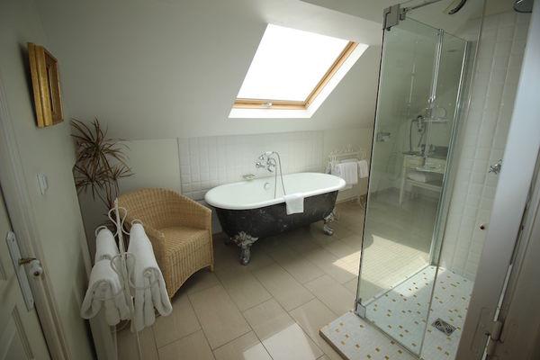 Villa Eugène - Salle de bain chambre standard - Epernay