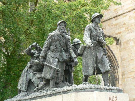 monument-aux-morts-chalons