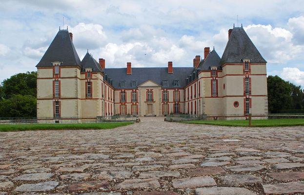 chateau-reveillon-visites