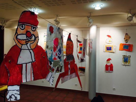 Exposition Il neige des Pères Noël
