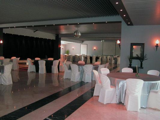 Hôtel Hostellerie Domaine de Montgivroux - Mondement-Mongivroux
