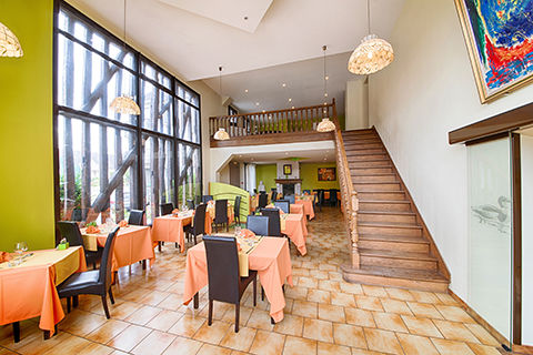 hotel-restaurant-le-tadorne-galerie-salle01-2