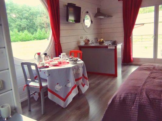 table-salon-fenetre2