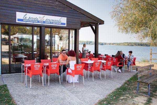 "Terrasse de restaurant ""la Presqu'île Gourmande"""