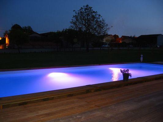 Chavanges - au détour du Der piscine nuit
