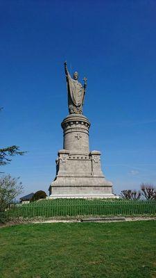 Statue Pape Urbain II - Châtillon-sur-Marne