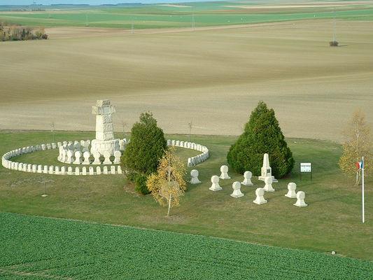 Nécropole Nationale de la 28e Brigade - Souain Perthes les Hurlus