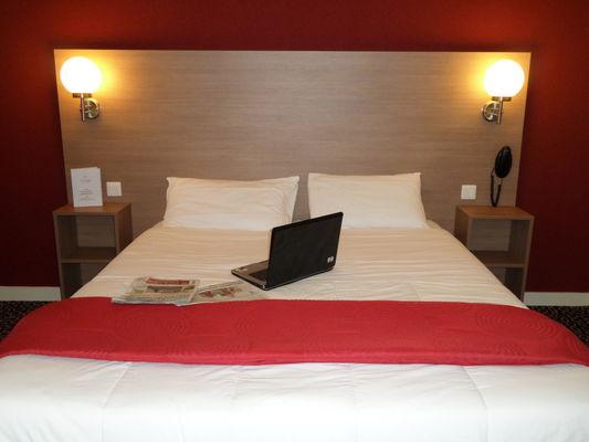 HOT44-hotel-la-luna