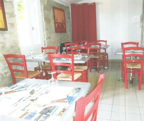 la-table-de-maria-a-st-malo-de-guersac-en-briere-656131
