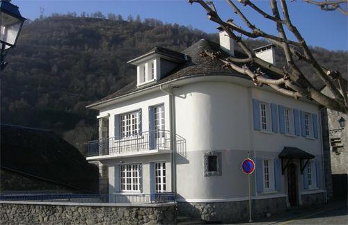 facade-claverie-saintsavin-HautesPyrenees