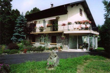 facade-dubie-laubalagnas-HautesPyrenees