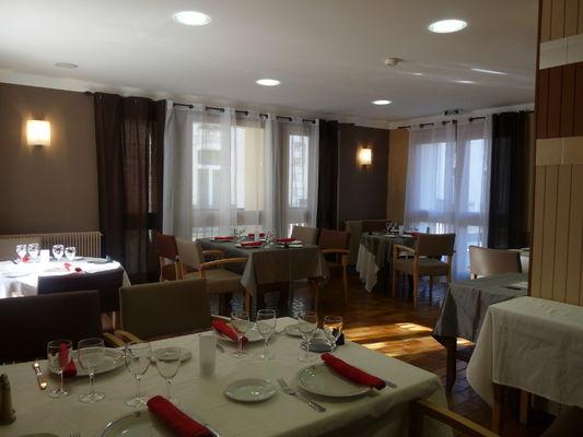 Comte Guifred salle de restaurant