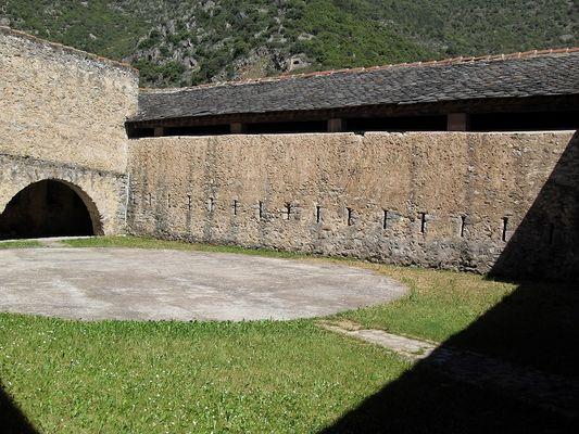 Intérieur Bastion de Corneilla Remparts VdC