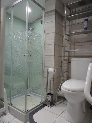 PHOTO 11 - Salle eau et WC  au 2ème étage