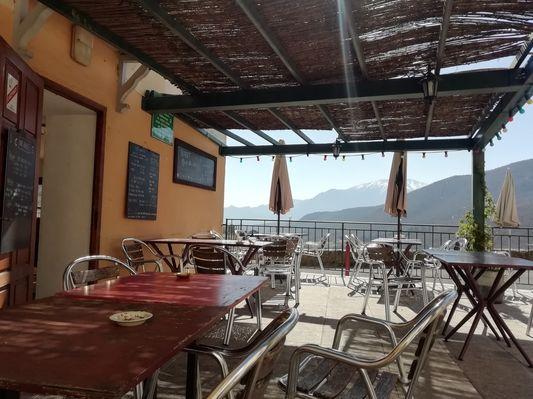 Bistrot De La Castellane Bar Restaurant Mosset
