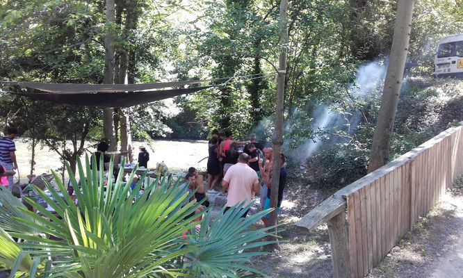aventure active barbecue