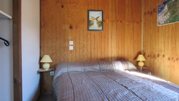 chambre grd lit (2)