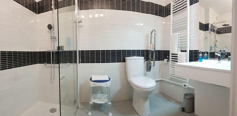 hôtel princess salle de bains confort handicap