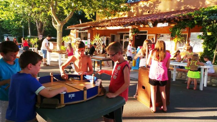 9 CAMPING LE TEXAS ANIMATIONS FAMILIALES