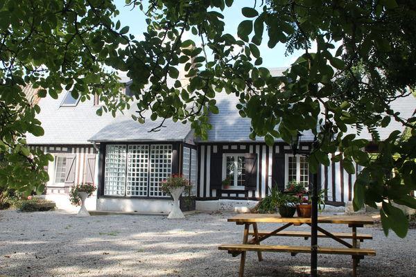 St Pierre Bénouville - Gîte Bellevue - Maison - Mme Ménard