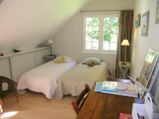 Chambres (3) - Le Gourel - Mme Van Roy - Brachy