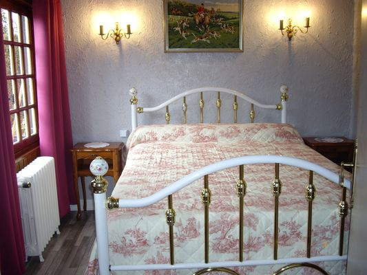 Luneray -  Les Hortensias - Chambres (3) - Mme Suzanne - Mme Suzanne