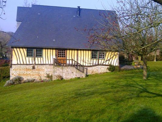 Ouville - La Maison des Amis - Mme Van Roy