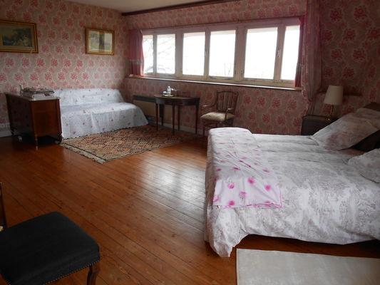 Quiberville-La-Galetiere-Chambre-evasion-rose
